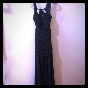 BLACK DRESS - size 2/4
